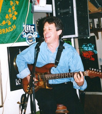 Acoustic gig in the County Cork Pub